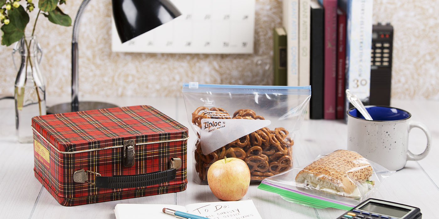 Ziploc Lunch Bags_v1 20210203 1400x700 Plaid